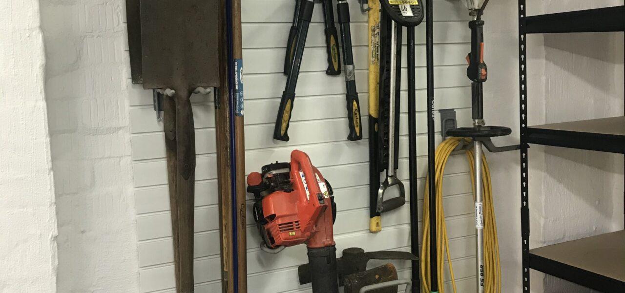 21 gardening tools